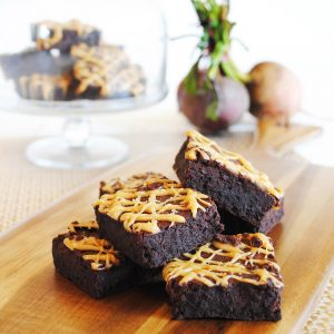 INDULGENT CHOCOLATE FUDGE BROWNIES WITH SALTED CARAMEL DRIZZLE – GLUTEN FREE